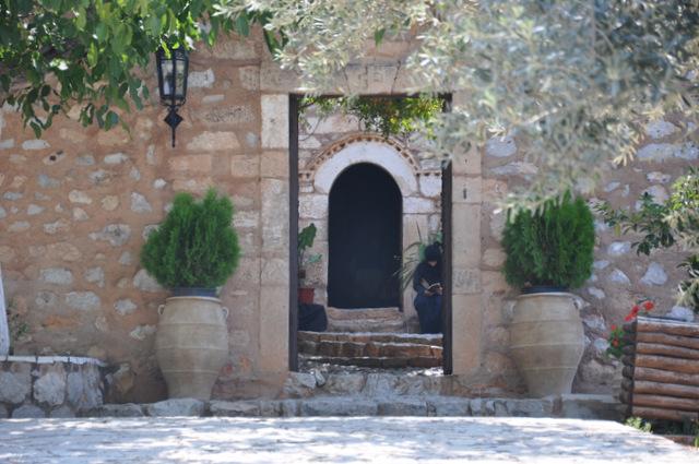 Visitez le superbe Monastère d'Agnountos dans le Péloponnèse